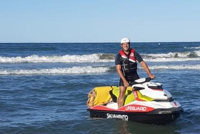 2 uomini con bambina in difficoltà: intervento imbarcazione e motosoccorritori
